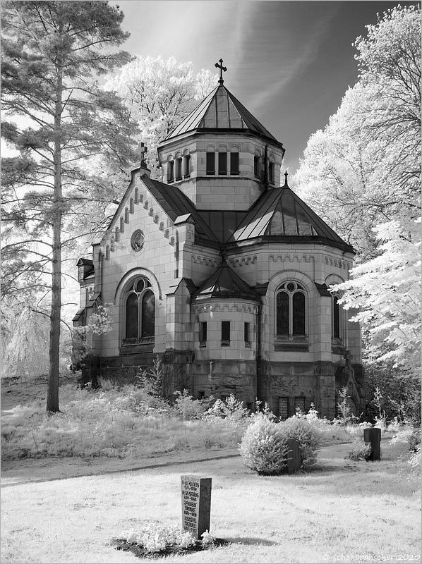 Riedemann-Mausoleum (IR)