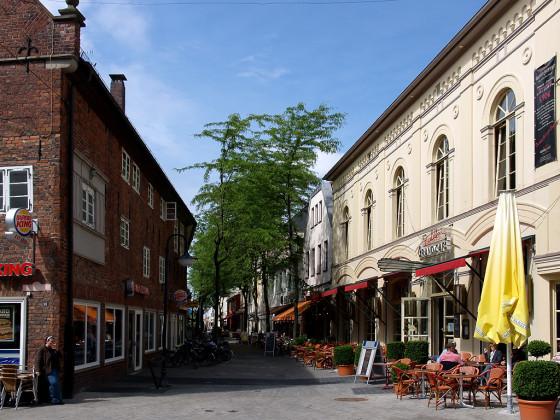 """Oldenburg, Wallstr., """"Kneipenmeile"""" der Stadt"""