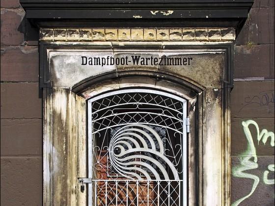Dampfboot-Wartezimmer